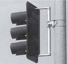 Signal heads attached with cable brackets, reducing manufacturing costs and allowing field adjustment.